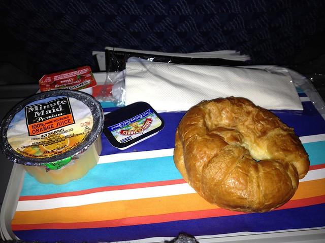 Breakfast -  AA0236 JFK - FCO