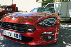 FIAT 124 Spider - Photo of Carnoules