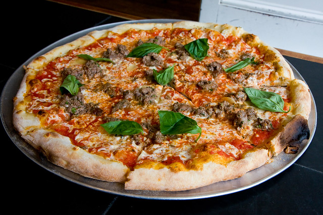 Meatball and garlic pizza, Best Pizza