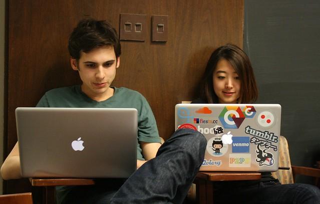 一個月就能學會 Coding ?他宅在家一個月自學 Coding 就把網站做出來了 | TechOrange