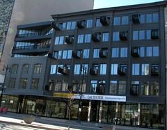 The Avenue Building