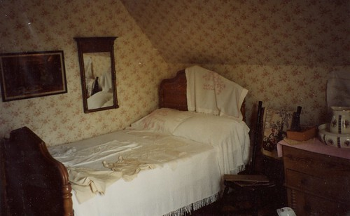Silver Bush LMM bedroom 1995