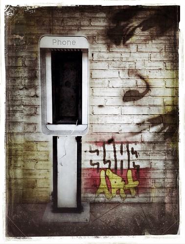 307/365- Uban Decay by elineart