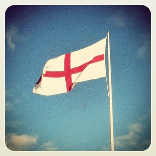 Happy #stgeorgesday #eastbourne #sunshinecoast #flag