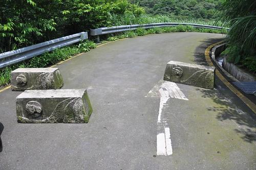 青山瀑布停車場