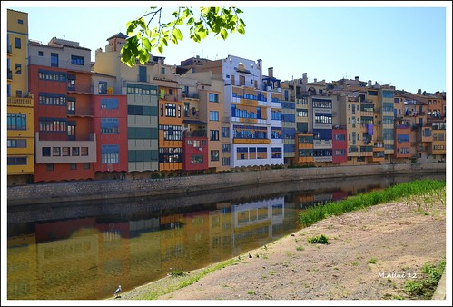 Girona by Miguel Allué Aguilar