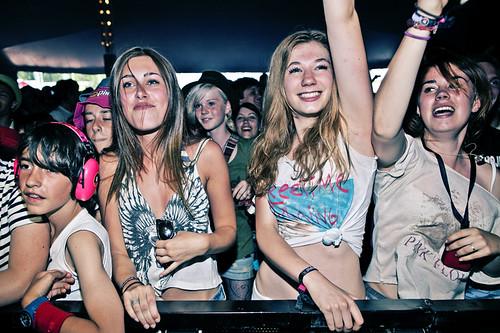 Pinkpop 2012 mashup foto - Naveltruitjes kunnen weer helemaal