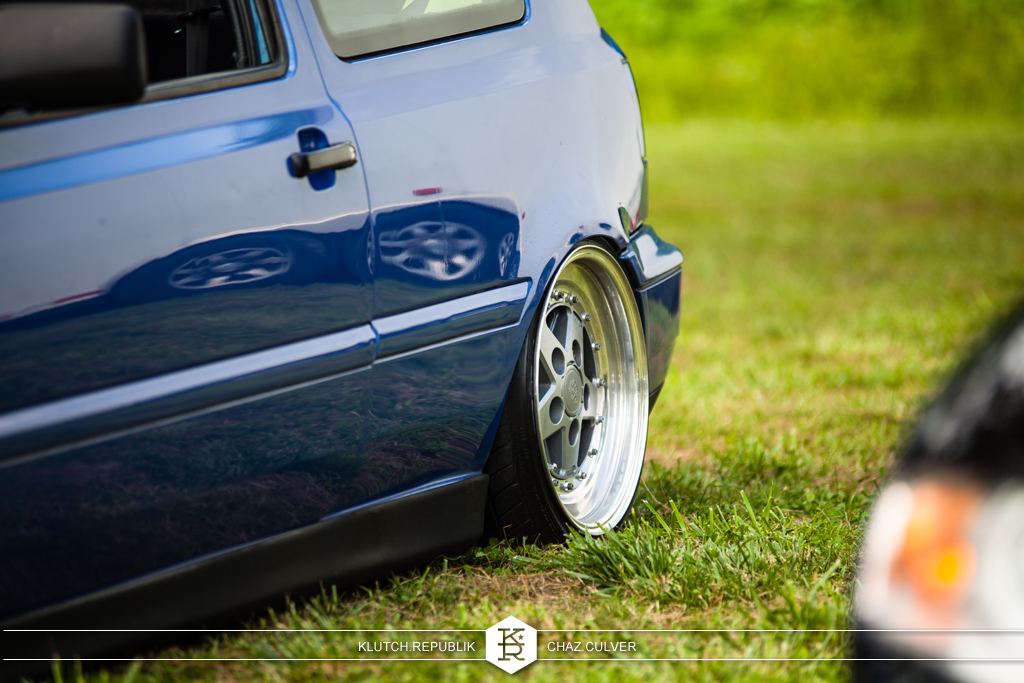 blue mk3 vw gti on airride at southern worthersee 2012