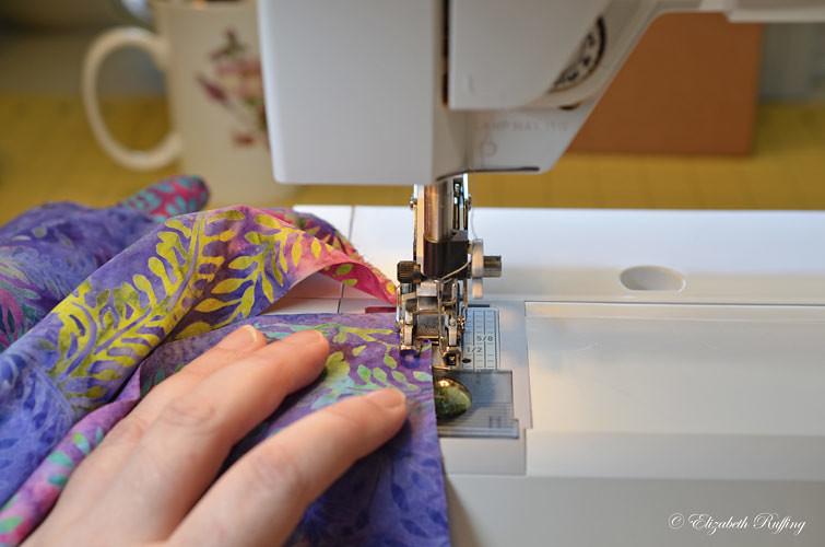 Zigzagging fabric edges