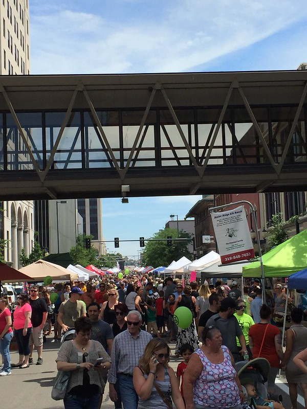 Cedar Rapids Downtown Farmers' Market