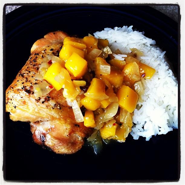 chicken with mango chutney