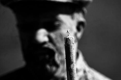 homem-estátua by @uroraboreal