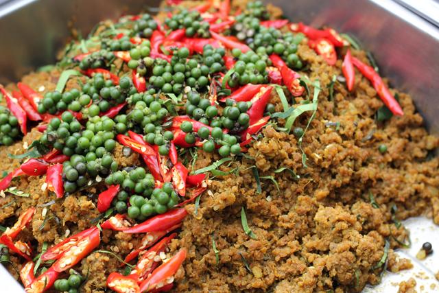 Kua Kling (Dry Curry) คั่วกลิ้ง