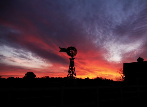 windmill sunrise day cloudy kansas wichita cowtown canon60d