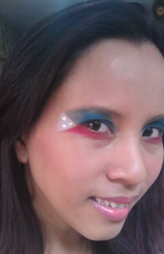 EG Eye Wear My Flag Proud makeup look