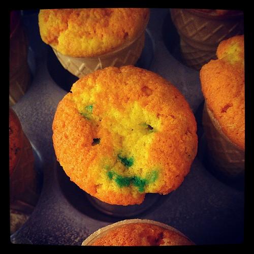 happy cupcake is happy