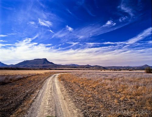 africa park sky cloud mountain 120 film nature mediumformat pentax south reserve velvia filter national transparency 6x7 fujichrome veld 67 easterncape cirrus graaffreinet karoo polariser koppie camdeboo grahamhobbs