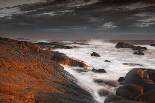 pink red sea white water sunrise rocks you qld behind splash arkwright