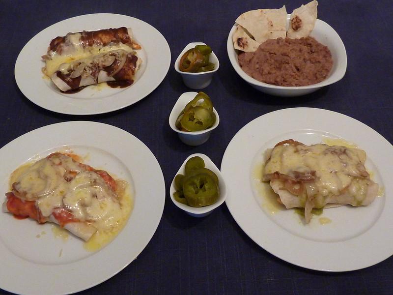 Charo y su cocina antojitos mejicanos enchiladas for Tipos de encielados