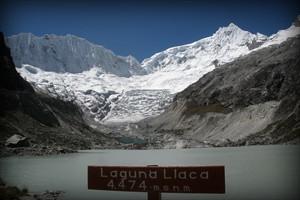 laguna-llaca-glaciar-ancash-peru