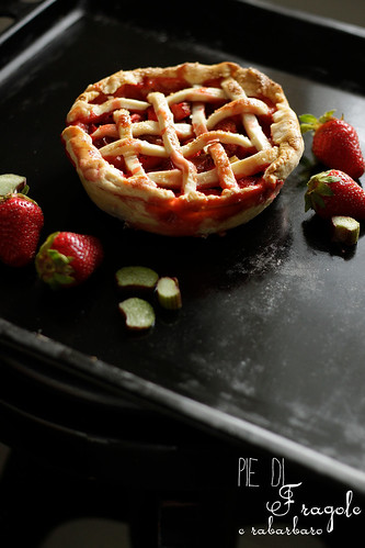 Strawberry (rhubarb) pie