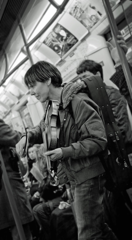 A pair of performing portraits snapped on the tube.  C&C