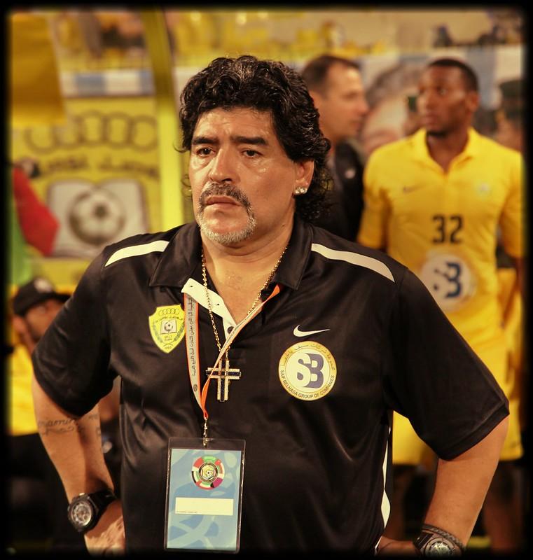 Maradona perde la partita con il Fisco italiano