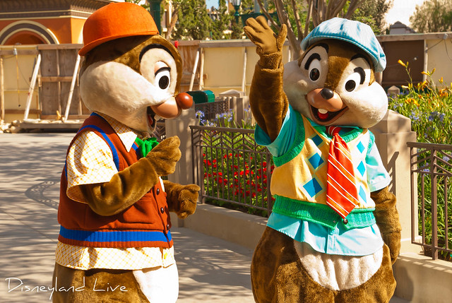 Buena Vista Street - Chip and Dale