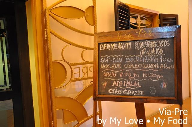2012_05_28 Via Pre Tavern in Habour 042a