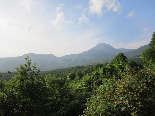 梅雨の晴れ間の蓼科山 2012年6月17日17:09 by Poran111