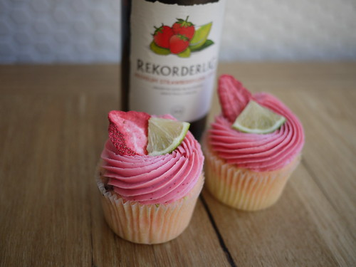 Rekordelig Strawberry Lime Cupcakes