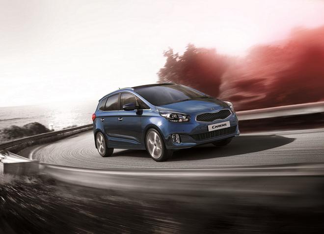 1.經濟部能源局2015年油耗排行,Carens CRDi以每公升柴油平均行駛17.4公里,拿下小客貨兩用車冠軍。