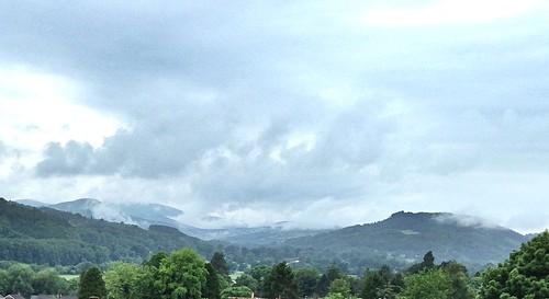 mist wales clouds landscape cymru crickhowell uskvalley breconbeaconsnationalpark