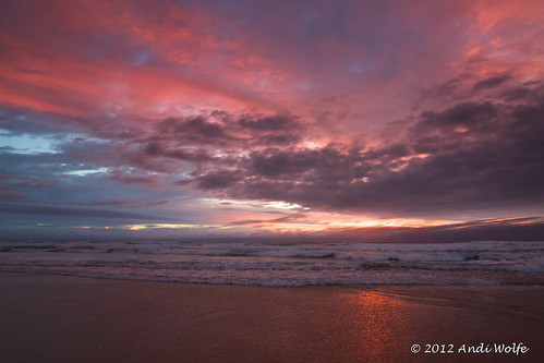 Gold coast sunrise by andiwolfe (traveling....)