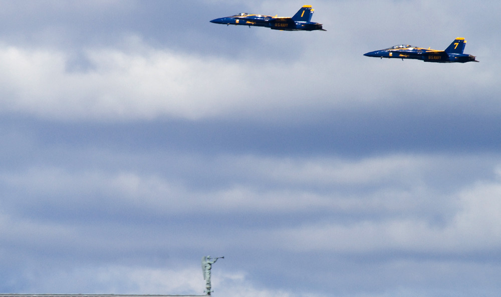 Blue Angels meet Green Angel