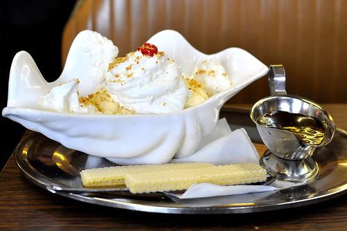 Margie's Candies - Chicago   Hot Fudge Sundae