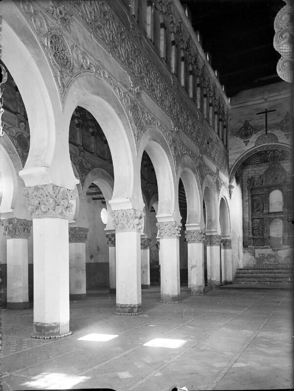 Santa María la Blanca en los años 20. Fotografía de Otto Wünderlich. © Fototeca del Patrimonio Histórico