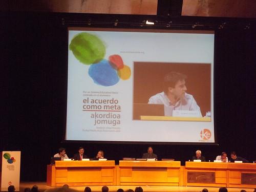 Acuerdo educativo vasco: Debate con parlamentarios