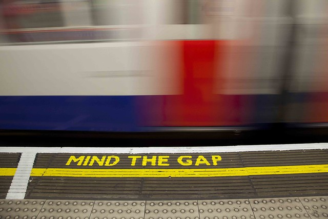 Mind the Gap_1986