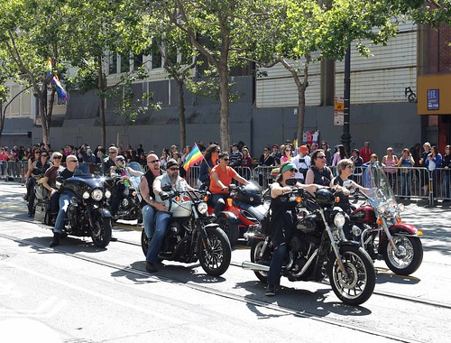 More motorcyclists