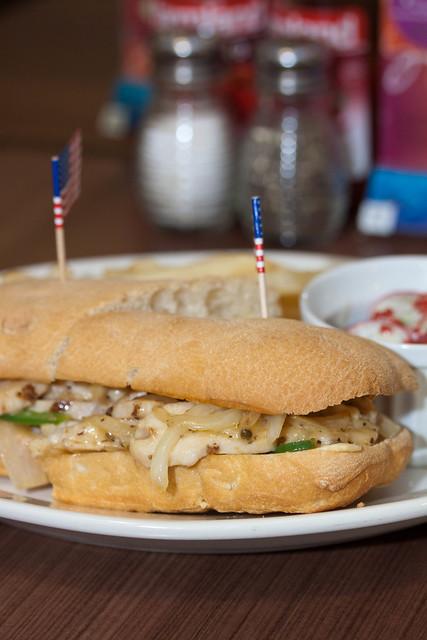 Swensen's 88 Chicken Sandwich