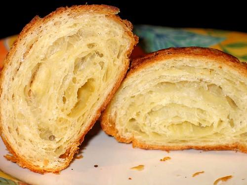 Bread Lounge croissant