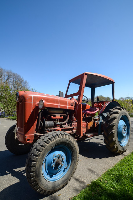 Ford 600 Tractor Farm : Ford tractor explore dave pinter s photos on flickr