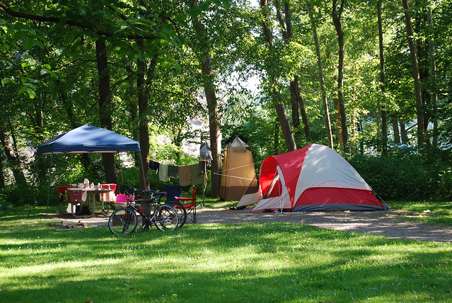 Primitive campgrounds allow you to get back to nature at New River Trail State Park