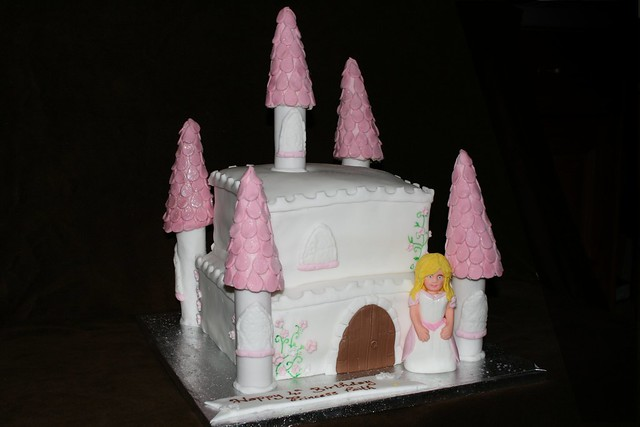Barbie princess castle cake Flickr - Photo Sharing!