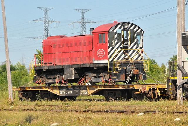 QTTX 8 Axles TTX Heavy Duty Flatcar with WCR Waterloo Central Railway ex NRC MLW/ALCO S-3 6593 nee ex CPR/CP Rail/CP at CN's Walkley Yard Ottawa, Ontario Canada 07102012 ©Ian A. McCord