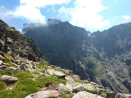 Vire de l'Andade a u Ponte : arrivée sur le versant S (Campu Razzinu) avec vue sur le Tafonatu
