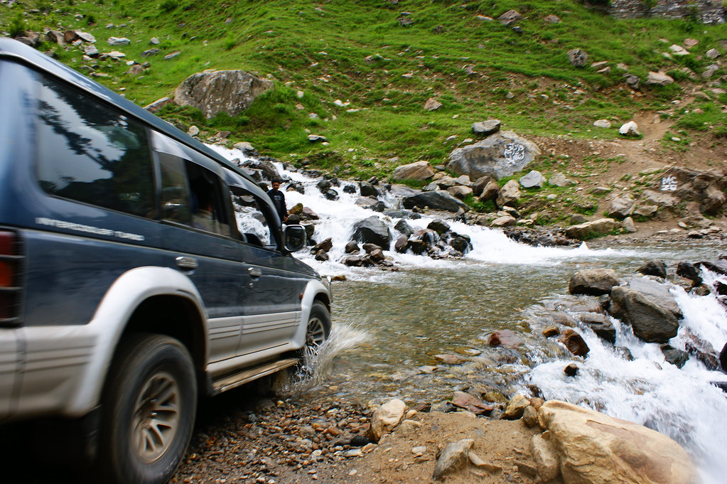 """MJC Summer 2012 Excursion to Neelum Valley with the great """"LIBRA"""" and Co - 7589213784 d526d5df9f b"""