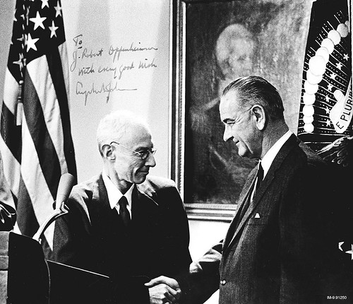 1963 Oppenheimer receives Enrico Fermi Award from LBJ