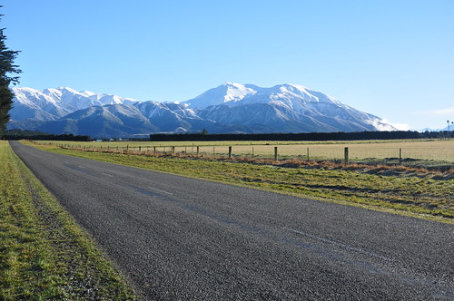 Road from Methven to Lake Tekapo